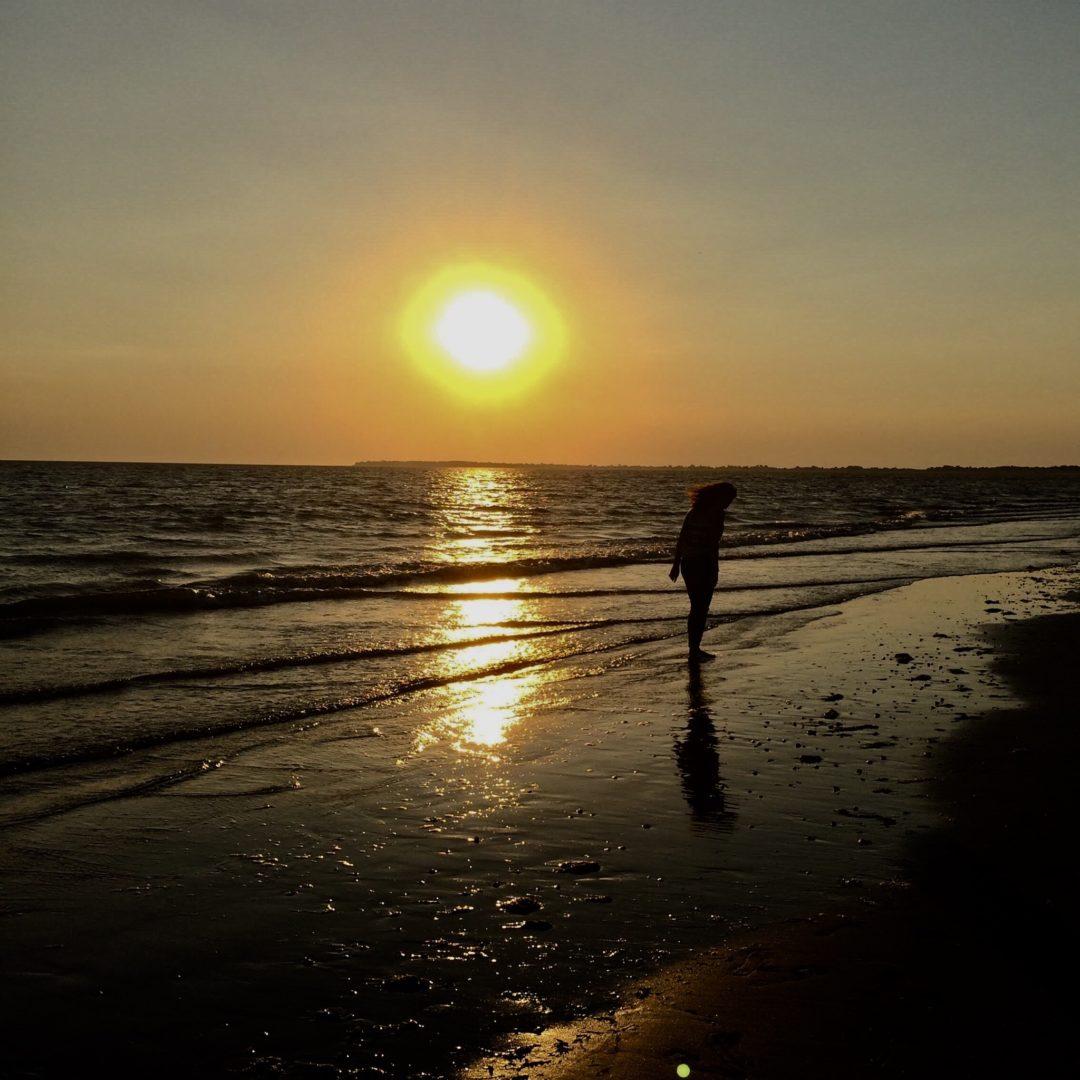 • Si tu vis dans l'ombre, tu n'atteindras jamais le soleil •